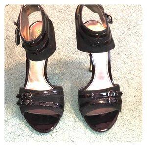 Isolá Black heels